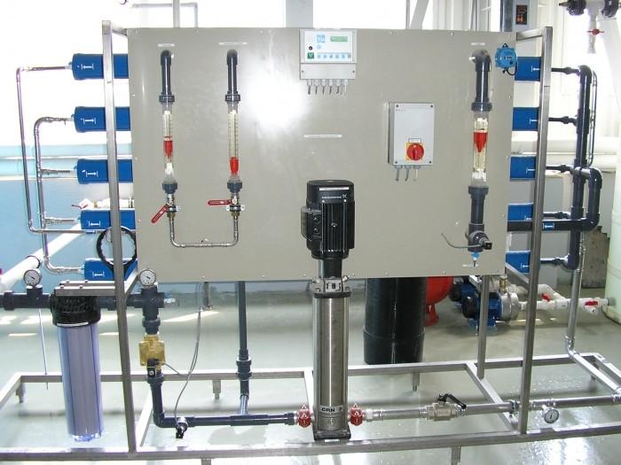 Система получения  обессоленной воды для производства аккумуляторных  батарей,          Q=2,5 м3/час